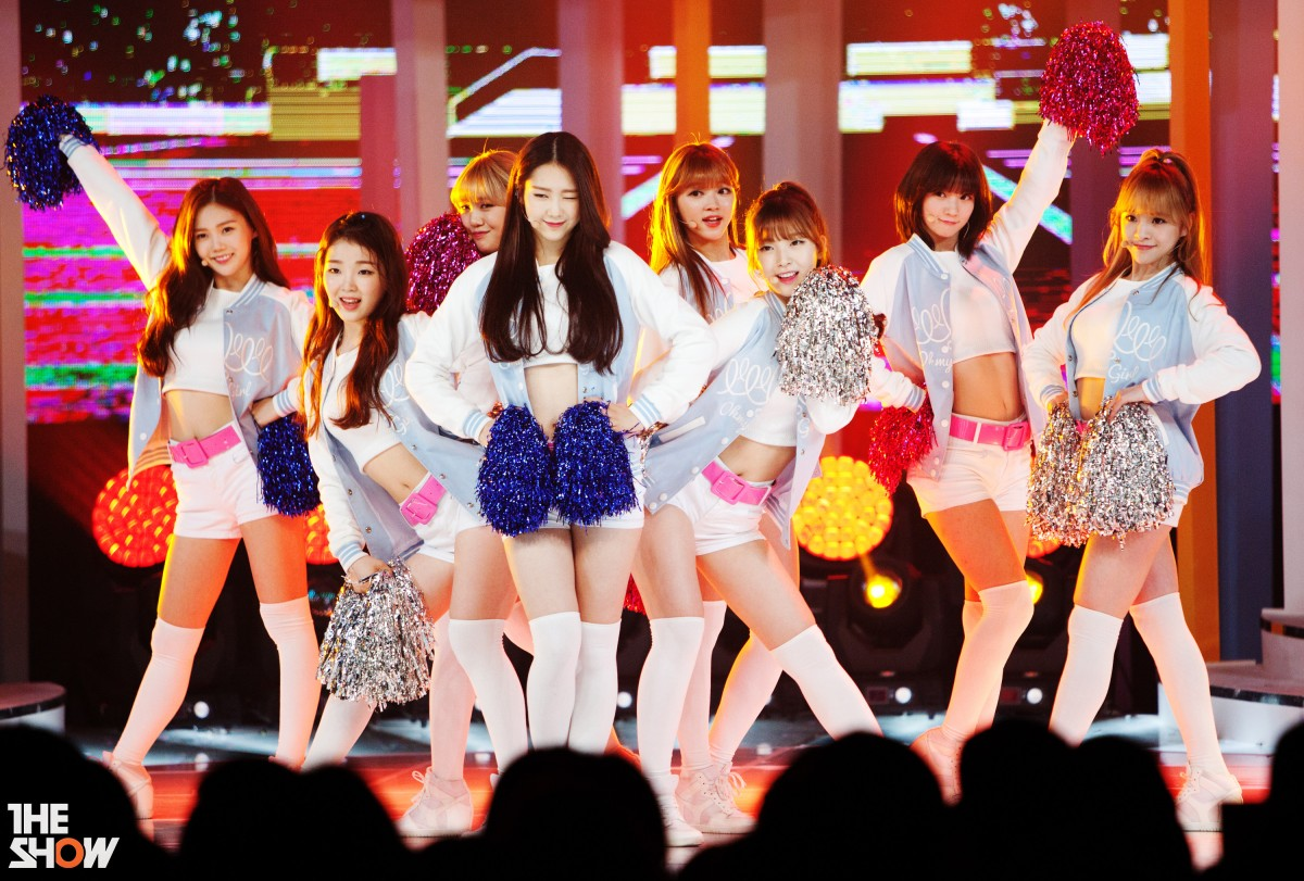 Oh! My Girl return with 'Coloring Book'
